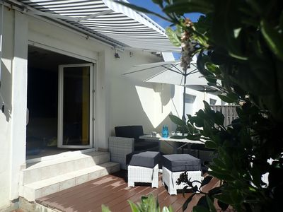 Photo for Modern house, air conditioned, 5 minutes walk from the beach, quiet. 3 rooms.
