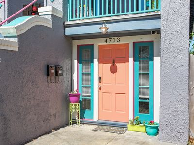 Photo for Lovely Mid-City Apartment, Walk to Canal Streetcar Line