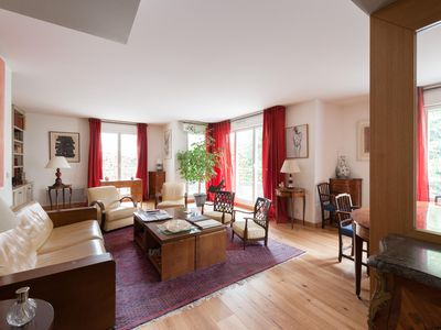 Photo for Rue Copernic II - luxury 2 bedrooms serviced apartment - Travel Keys