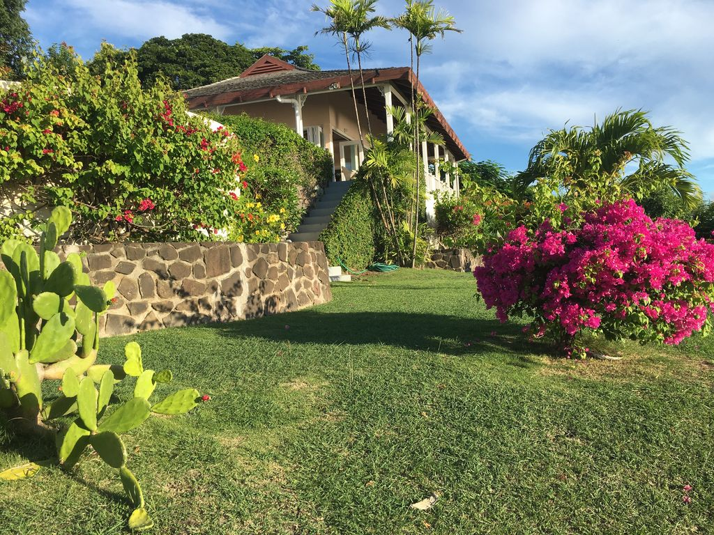 Villa Albatross Nest with Stunning Panoramic Sea View, Gros Islet ...