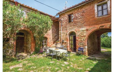 Photo for 4 bedroom accommodation in Lucignano AR