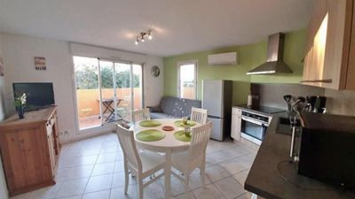 Photo for Appt Seaside 35m2 for 2/4 Pers, terrace, swimming pool, Parking, Secure residence