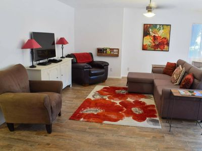 Photo for Immaculate 1Br w/ Laundry, Enclosed Courtyard, + 5 Min Walk to Uptown Shops
