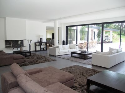 Photo for Magnificent and contemporary property with pool in a park of 1.5 ha