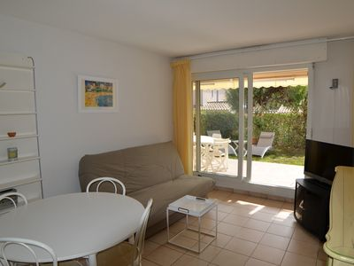 Photo for APP 2 rooms in the South La Ciotat, French Riviera, Private garage closed, Beach at 200m.