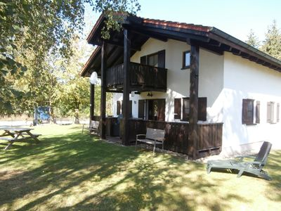 Photo for Spacious holiday home in an idyllic location in Waldferiendorf