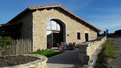 Photo for Lodging in old barn in the countryside, 8 minutes from the Puy du Fou