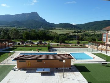 Modern and charming apartment in Jaca