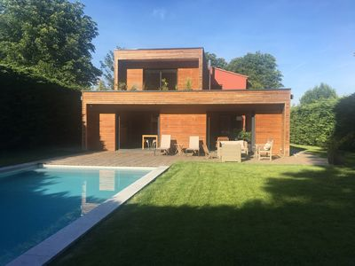 Photo for Modern villa 200m2, 5 bedrooms, swimming pool, 12mn from Aix en Provence