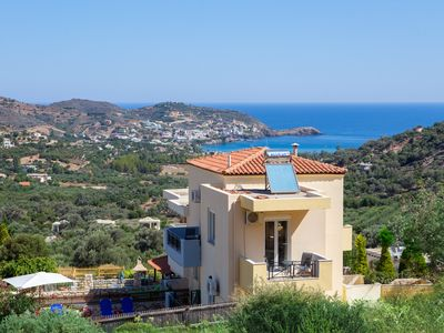 Photo for indepenet Villa next to the beach, quiet neigbourhood, pool&garden
