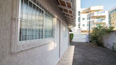 Photo for Beautiful House in the center of Bombinhas 2 Bedrooms !!