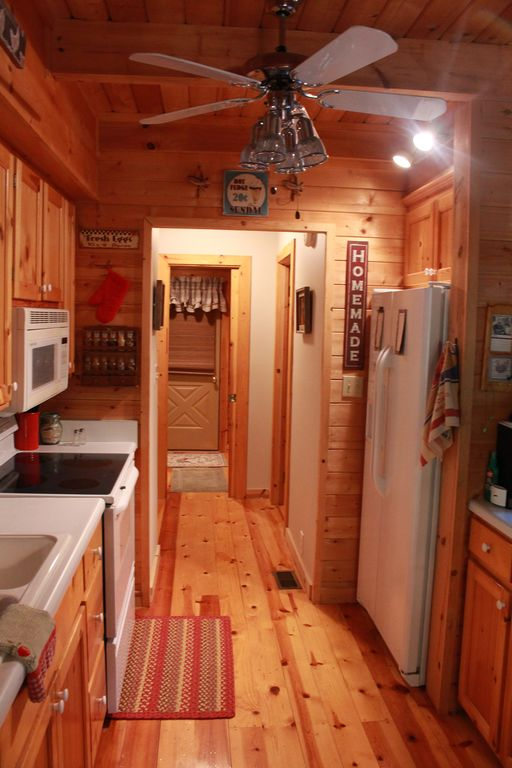 Property Image#10 Beautifully Furnished Cabin In Pine Mountain Near  Callaway Gardens And F.D.R.