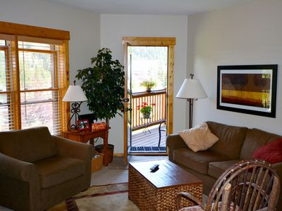 Photo for Gorgeous Remodeled 2 Bedroom Condo - Walk to Lifts, 2 Hot Tubs & Heated Parking