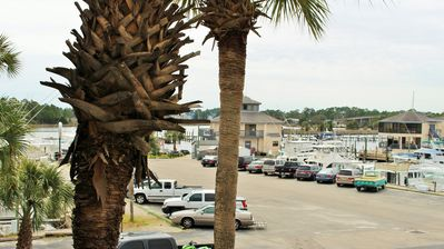 Photo for Gone Fishing, 1 Bedroom, 1 Bath condo sleeps 6 on Carrabelle River