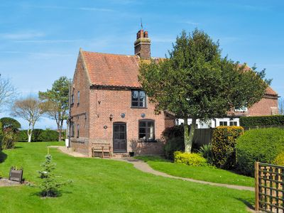 Photo for 2 bedroom accommodation in Happisburgh