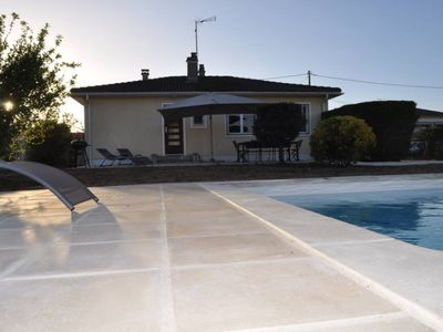 Photo for House with nice amenities, garden and heated pool entièremen private