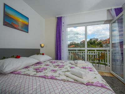 Photo for One bedroom apartment with balcony and sea view Trogir