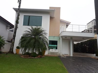 Photo for House in a Hanga Roa Resort in Bertioga. Gated community