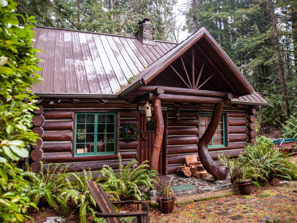 Romantic steiner log cabin at mt hood oregon 39 s playground for Romantic cabins oregon