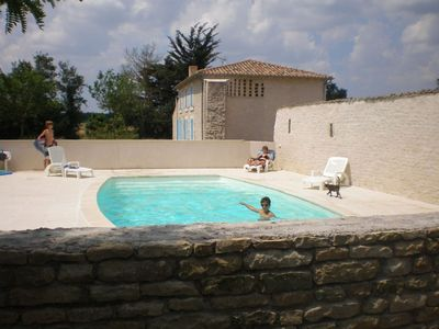 Photo for 4BR House Vacation Rental in Saint-Pierre-d'Amilly, Nouvelle-Aquitaine