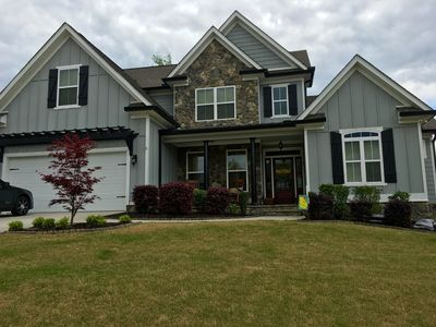 Cozy & Well Maintained 5BR,3.5 B Masters Rental Near Champions Retreat in Evans