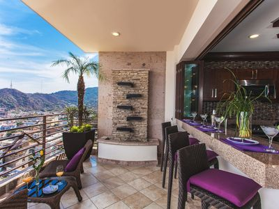 Photo for RPH1 3 bed 3 bath Ocean View ROYAL PENTHOUSE