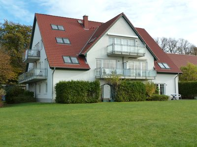 Photo for Bright and friendly apartment with comfortable amenities near the beach.