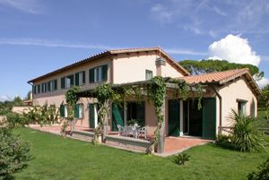 Photo for 8 bedroom Villa, sleeps 16 in Magliano Sabina with Pool and WiFi
