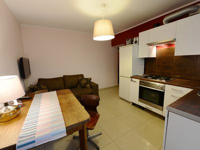 Photo for Budget 2 bdrms and living room WiFi & parking FREE