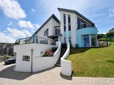 Photo for 5BR Villa Vacation Rental in Newquay