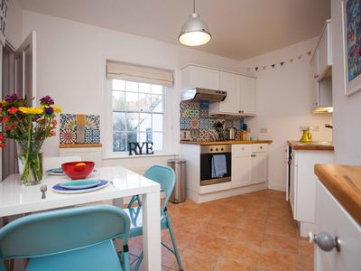 Photo for Super Central 15th CenturyFlat In Rye Sleeps 5