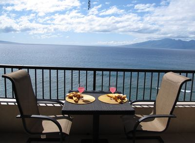 Lanai View - Soak up the majestic ocean views while dining and sipping on your favorite libations.