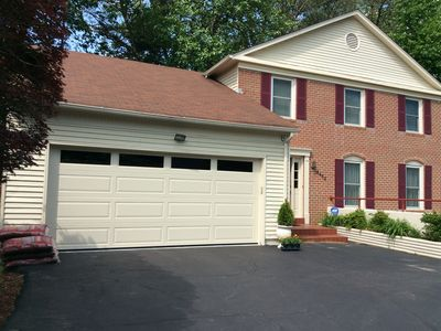 Photo for Bright and spacious 4-BR/3 .5BA colonial in Annandale, VA. Blocks to FX Hospital