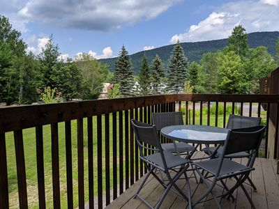 Valley View Villa, a Spacious Family Getaway in the White Mountains!