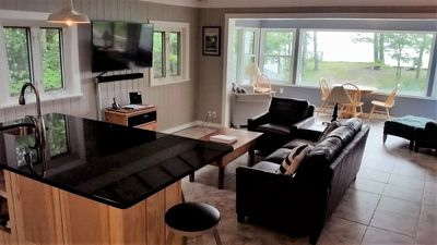 """What to watch??? Gorgeous lake view or 55""""tv!"""