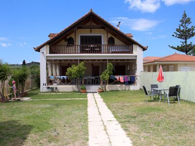 Photo for Family holiday directly at the beach - apartment with garden, wifi | Messenia, P