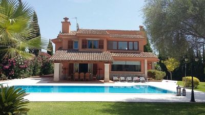 Photo for Exclusive villa with pool –  Villa MH