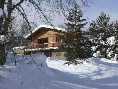 Photo for Independent mountain chalet in a meadow of 1500 m² .12 pers.