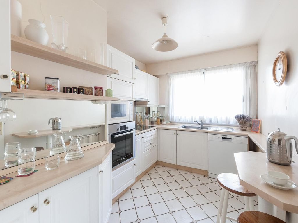 Rue du Ranelagh - luxury 2 bedrooms serviced apartment - Travel Keys
