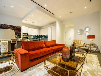 Photo for Spacious 3 bed 3 bath apartment next to The Strand