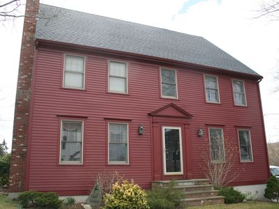 Charming 5 bedroom Easton Point colonial including honeymoon suite on 3rd floor
