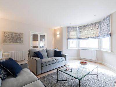 Photo for Beautiful Brook Green 2 bed flat, close to tube