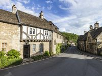 Beautiful house in a beautiful village. Stay in a little slice of history.
