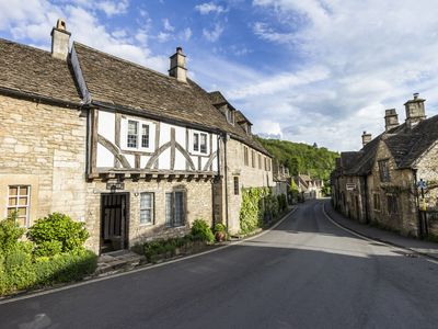 Photo for Luxury Cotswolds home, Castle Combe