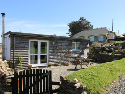 Photo for Sunny Cabin, TINTAGEL
