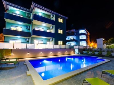 Photo for Nice two bedroom apartment with pool