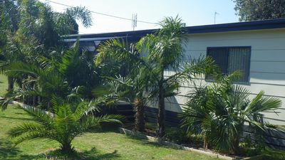 "Photo for Drew's Beach Retreat - WIFi & LINEN included for your ""PERFECT STAY in VENUS BAY"