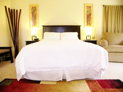 King Size Bed with 500 thread count linens