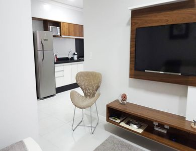 Photo for Apt 2 double bedrooms en suite, balcony with barbecue and pool!