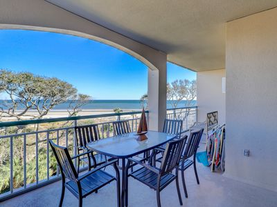 Photo for Beautiful condo with community pool and hot tub, plus oceanfront views!